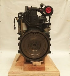 87881347 COMPLETE ENGINE 6CTA8.3-C260 CPL399 INDUSTRIAL APPLICARTION NEW UNUSED SURPLUS GARANTY EXPIRATED - MOTOR COMPLETO 6C NUEVO APLICACION INDUSTRIAL GARANTIA EXPIRAD S6D114 KOMATSU
